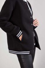 Black Bomber warm